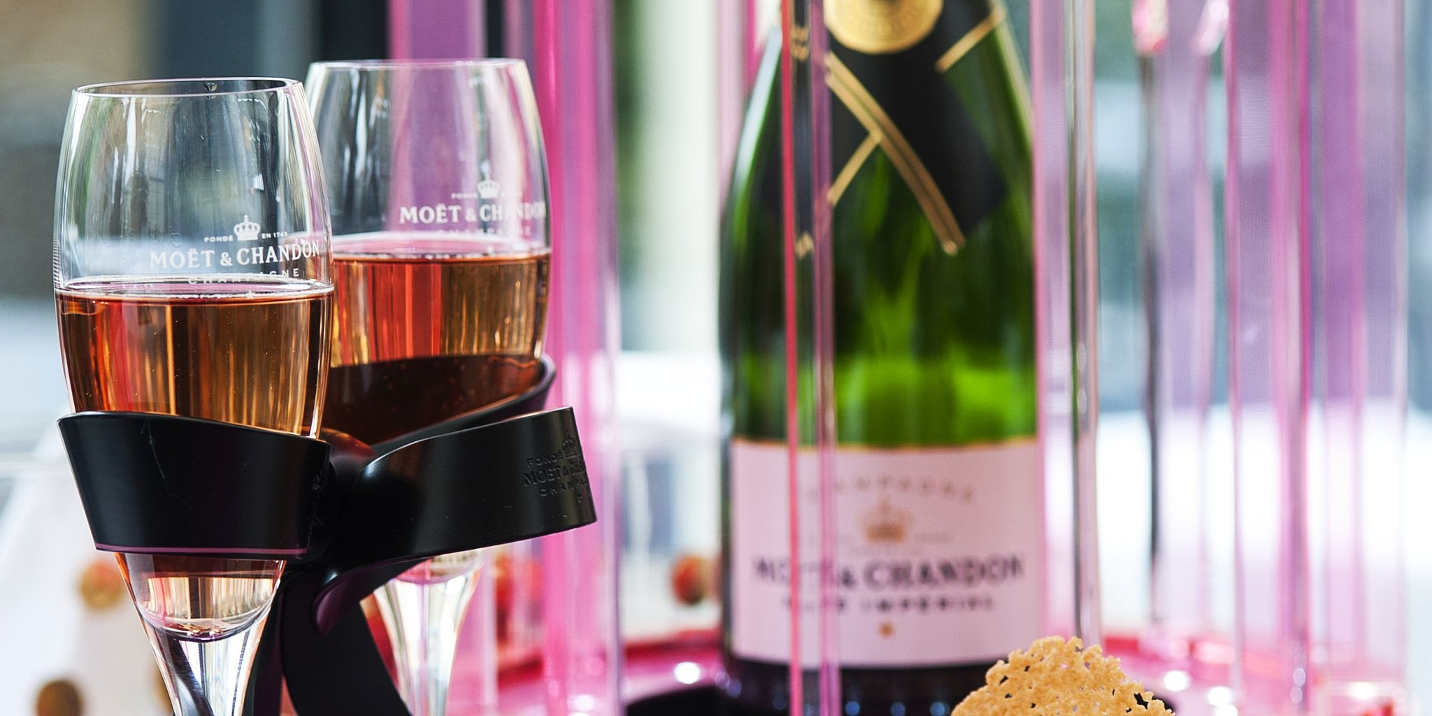 Le Bistro and Moët & Chandon celebrate the joys of love throughout the month of true romance